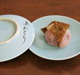 京をどりのお皿と桜餅